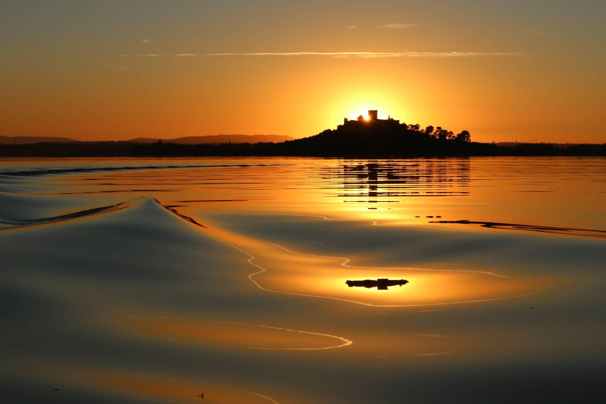 tramonto al Trasimeno